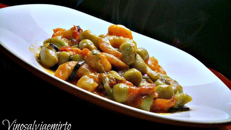 gnocchetti al basilico con Gamberi zucchine e pachino
