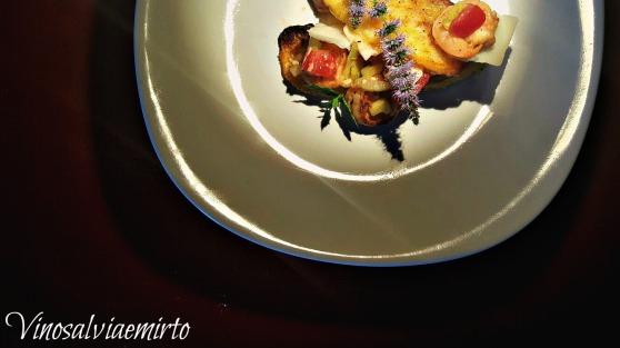 polenta alla paprica e insalata di gamberi e sedano menta e grana ok